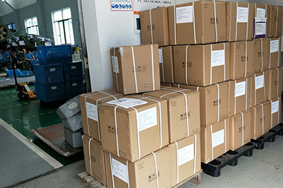 Xianglong exported 41 cartons Handsets and Cradles to customer